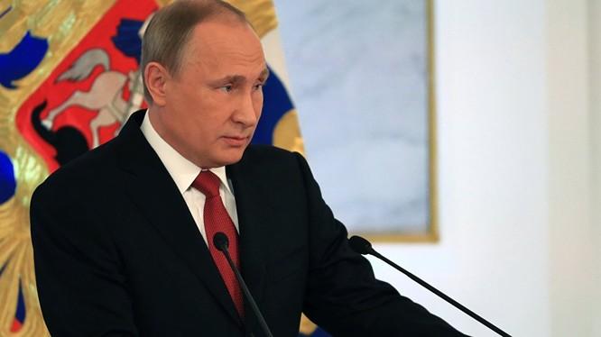 """Tổng thống Nga phản ứng với """"những nỗ lực khiêu khích Nga"""" của NATO"""