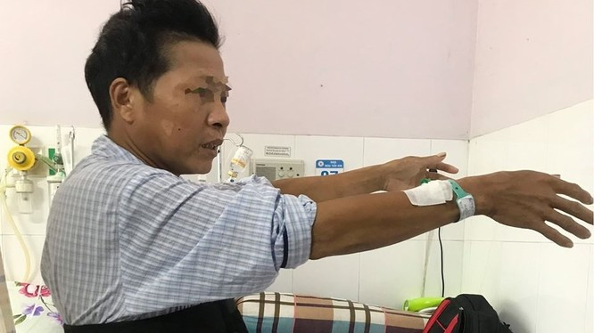 Cứu sống bệnh nhân bị chấn thương cột sống, nguy cơ tử vong rất cao. Ảnh: BVCC