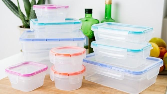 Các hộp nhựa dùng để đựng thực phẩm, thức ăn. Ảnh: Internet