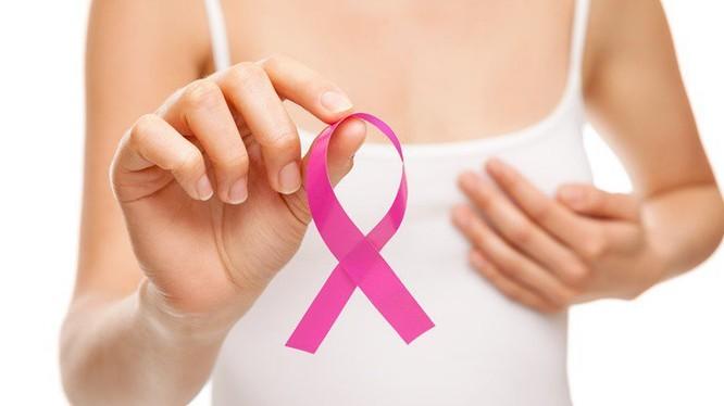 Ung thư vú là loại ung thư hàng đầu các chị em thường mắc phải. Ảnh: Internet