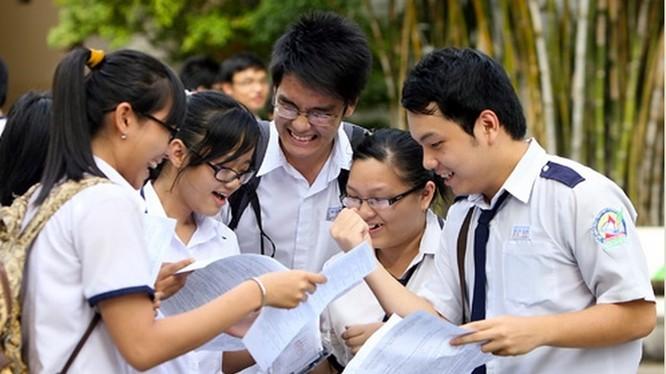 Thí sinh trong kỳ thi tuyển sinh vào lớp 10 năm học 2020 - 2021. Ảnh: Internet