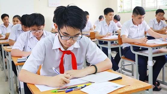 Thi tuyển sinh vào lớp 10. Ảnh: Internet