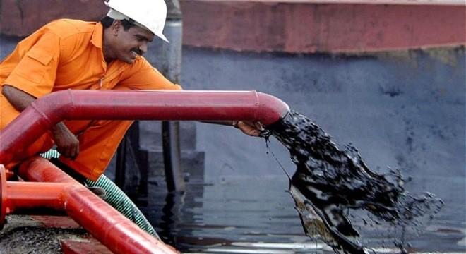 Giá dầu thế giới bắt đầu hồi phục ?