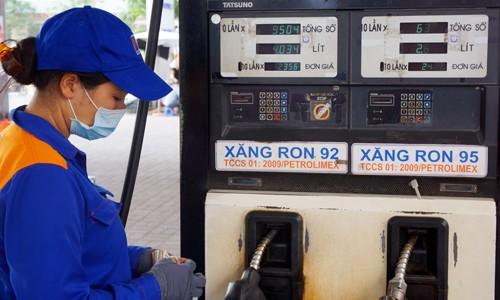 Giá dầu giảm là cơ sở để lạm phát năm 2015 tiếp tục ở mức thấp