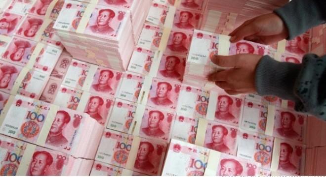 """Tiền đang """"chảy"""" khỏi Trung Quốc?"""