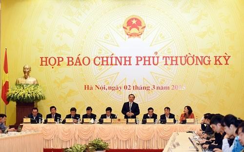 Bộ trưởng - Chủ nhiệm Văn phòng Chính phủ Nguyễn Văn Nên chủ trì cuộc họp báo chiều 2/3.