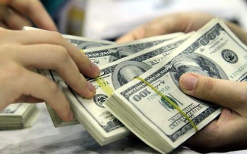 Cạnh tranh hút vốn ngoại, doanh nghiệp niêm yết... yếu thế?