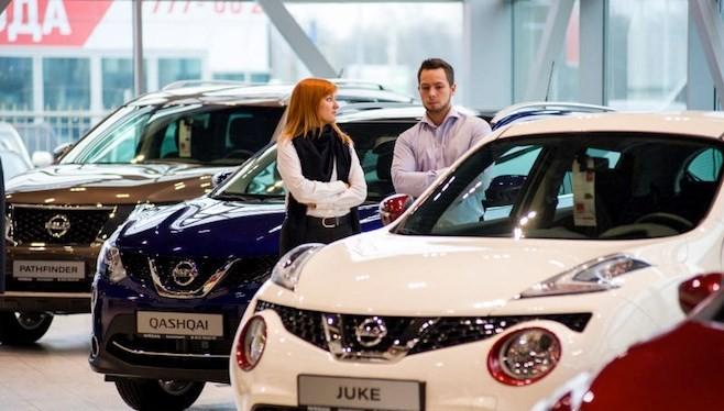 Kích cầu, Chính phủ Nga bỏ tiền mua thêm hơn 5.700 xe hơi mới
