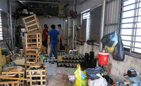 Toàn cảnh cơ sở sản xuất ở trên gác