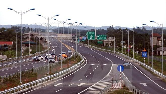 Cao tốc Nội Bài-Lào Cai.