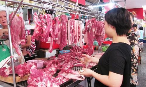 Các nhà sản xuất và xuất khẩu thịt Ba Lan không ngại thói quen dùng thịt tươi (không qua đông lạnh) của người tiêu dùng Việt Nam vì họ nhắm đến nhóm khách hàng là các nhà chế biến thực phẩm từ thịt.