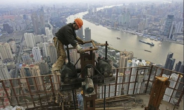 Tập đoàn quốc doanh Trung Quốc trước hiệu ứng Domino sụp đổ
