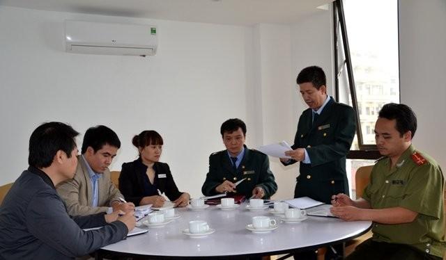 Đội kiểm tra liên ngành xử phạt khách sạn không niêm yết giá ở Sa Pa
