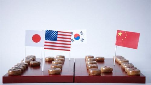 Nhiều người đang xem châu Á - Thái Bình Dương là bàn cờ giữa Mỹ và Trung Quốc - Ảnh: Imasia