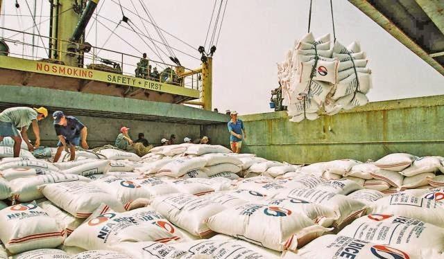 Xuất khẩu gạo Việt Nam 4 tháng đầu năm đạt 1,555 triệu tấn, giảm 11%