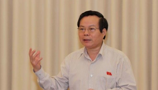 Chủ nhiệm Ủy ban Tài chính Ngân sách của Quốc hội Phùng Quốc Hiển phát biểu ý kiến