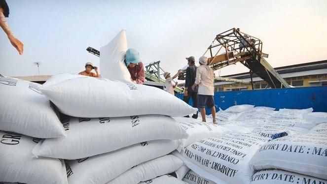 Quy định vô lý sẽ được bãi bỏ như kinh doanh xuất khẩu gạo phải có kho, có nhà máy xay và phải tuân thủ theo thiết kế...