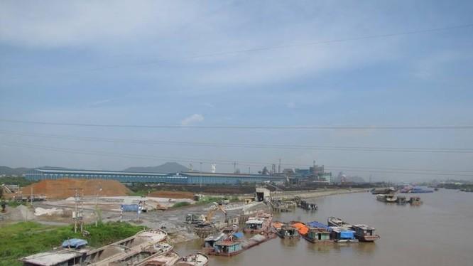 Thu phí BOT đường thủy: Mỗi cân gạo gánh chục ngàn phí đường