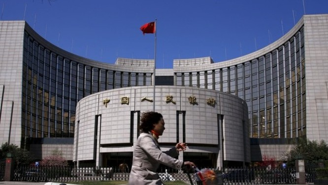 Trung Quốc hối hả giảm chi phí đi vay