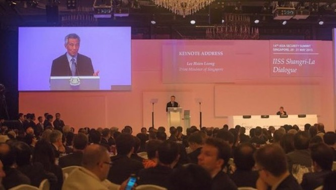 Thủ tướng Lý Hiển Long phát biểu khai mạc Đối thoại Shangri-La 2015.