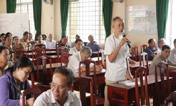 Vì sao Hội đồng nhân dân hoạt động kém hiệu quả, nặng về hình thức?