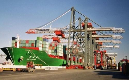 Theo đại diện Tổng cục Thống kê, năm 2014, Việt Nam thống kê con số xuất khẩu sang Trung Quốc thấp hơn 5 tỉ USD so với Tổng cục Thống kê Trung Quốc