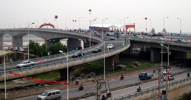 Nhiều dự án giao thông quan trọng ở Hà Nội đang được đẩy nhanh tiến độ.