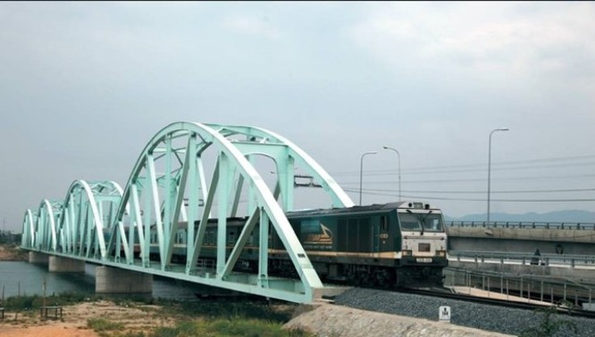 Nâng vận tốc đường sắt bình quân lên 80 - 90 km/giờ