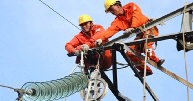 Vì sao đại gia ngoại tố EVN hoạt động không hiệu quả, đề xuất tăng giá điện?