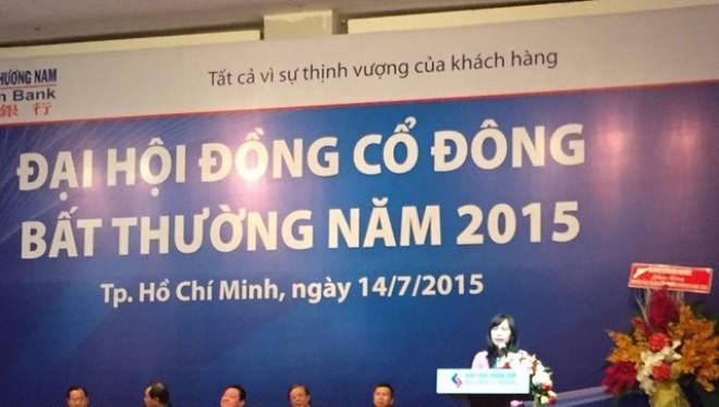Bà Nguyễn Thị Phi Loan phát biểu tại ĐHCĐ Southern Bank