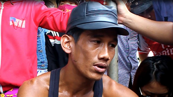 Anh Dương Ly, một công nhân của công ty Quốc Anh buồn rầu vì chưa biết đi về đâu sau khi cả nhà chủ bị sát hại