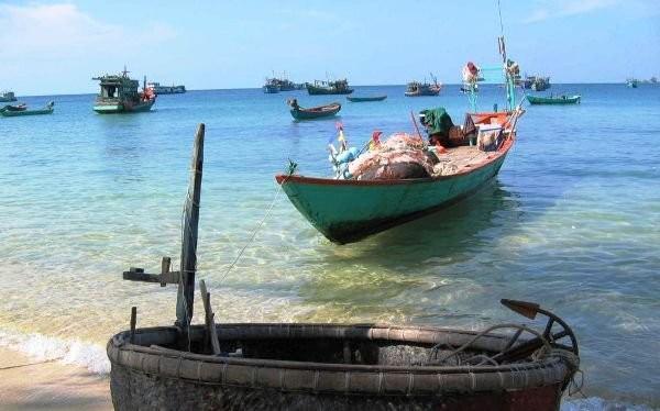 Làng chài Hàm Ninh trên đảo Phú Quốc