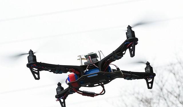 Drone, hoặc máy bay không người lái đã trở thành trào lưu mới của những người yêu công nghệ tại Việt Nam