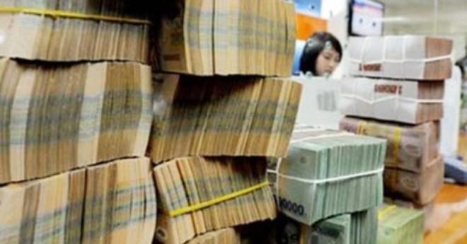 """Trung Quốc và Việt Nam cùng """"phá giá"""" tiền: Ngành nào sẽ bị """"chịu"""" trận?"""