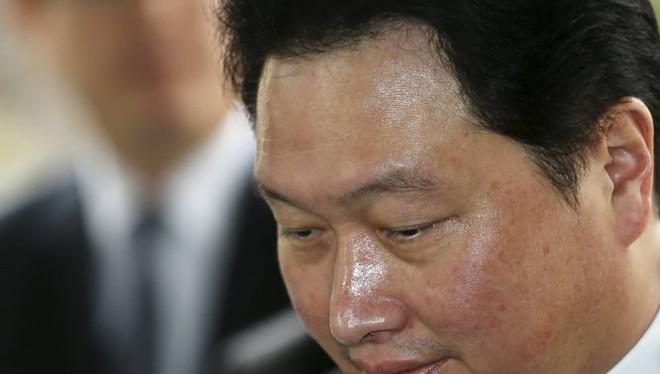 Chủ tịch SK Group Chey Tae Won - Ảnh: Reuters