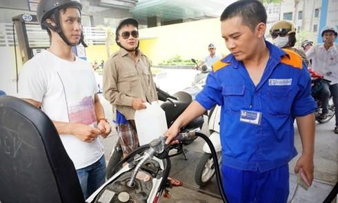 Giá xăng có thể giảm tiếp hôm nay