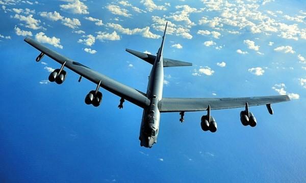 Máy bay ném bom chiến thuật B-52 của Mỹ