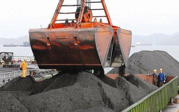 Thuế tài nguyên, phí bảo vệ môi trường đối với hoạt động khai thác khoáng sản đang được kiến nghị tăng để bù đắp các nguồn hụt thu ngân sách.