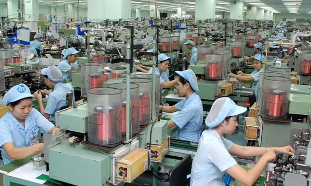 """Tiến sĩ Trần Đình Thiên: """"Cấu trúc kinh tế của chúng ta sai lệch quá rồi, không sao thay đổi được"""""""