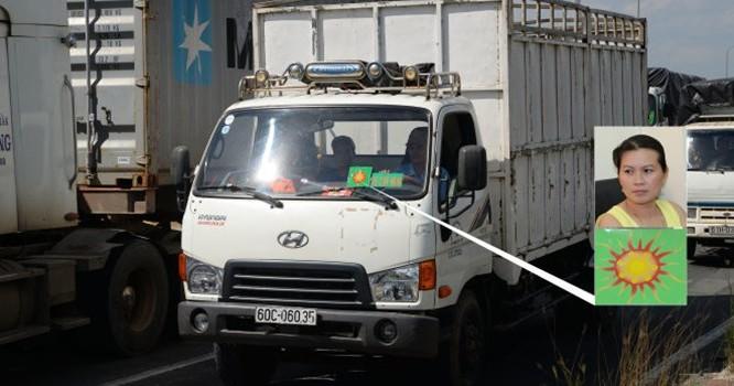 """Xe tải dán logo """"xe chở hàng"""" lưu thông trên quốc lộ 1A đoạn qua địa phận quận Thủ Đức, TP.HCM chiều 27-8 (ảnh lớn). Đây là loại logo được xác định do Lê Thị Cẩm Vân (ảnh nhỏ trên) tổ chức đường dây bán logo (ảnh nhỏ dưới) để bảo kê cho """"xe vua"""" với giá 2"""