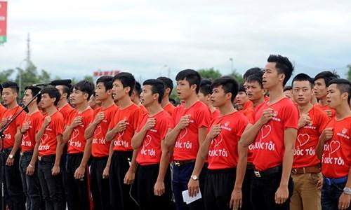 Quốc ca vang khắp Hà Nội