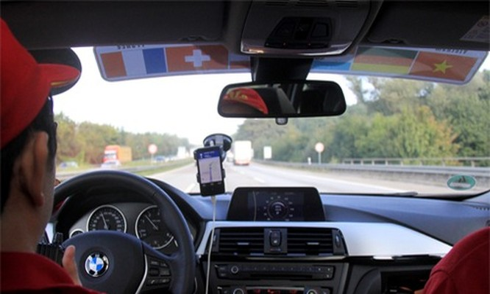 Người Việt được cấp giấy phép lái xe quốc tế từ tháng 10