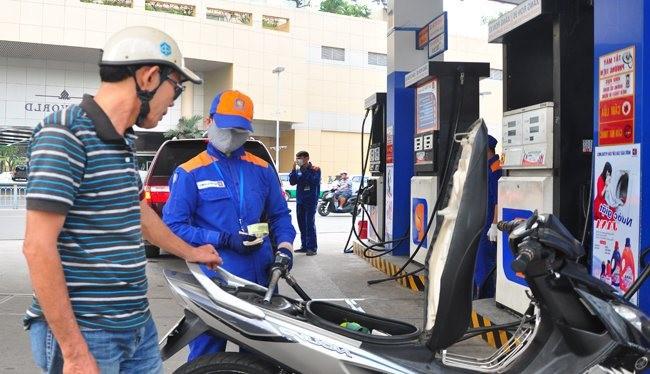 Tăng các khoản thu ngoài dầu thô để bù khoản hụt thu do giá dầu giảm