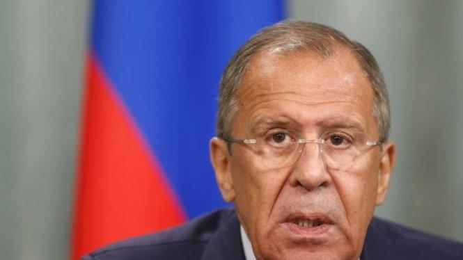 Ngoại trưởng Nga Sergei Lavrov tỏ quan điểm cứng rắn - Ảnh: Reuters