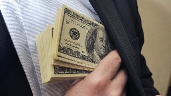 Hối lộ, chạy chọt... rất phổ biến