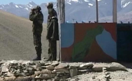 Binh sĩ Ấn Độ và Trung Quốc rơi vào một cuộc đối đầu mới tại khu vực tranh chấp ở biên giới. Ảnh: NDTV