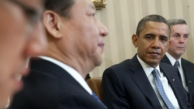 Tổng thống Mỹ Barack Obama tiếp ông Tập Cận Bình tại Nhà Trắng hồi tháng 2.2012 - Ảnh: AFP