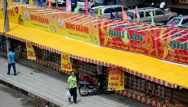 Ma trận bánh trung thu mua 1 tặng 2, 3 ở Sài Gòn