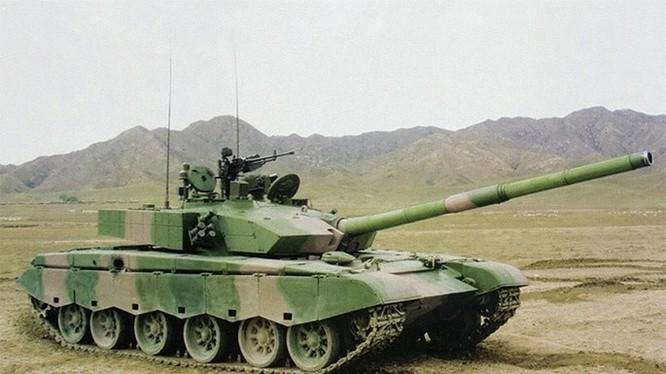Mẫu tăng chủ lực Type 99 của Trung Quốc được cho là chế tạo từ mẫu tăng T-72 và TR-125 của Romania