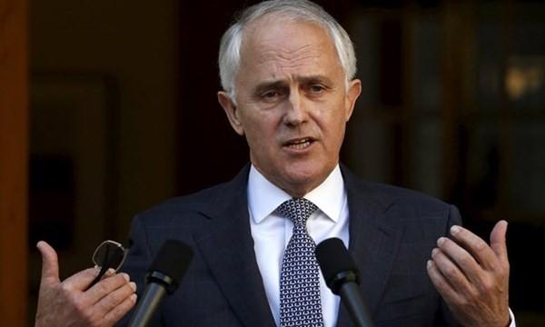 Tân Thủ tướng Úc Turnbull công bố với báo giới về nội các mới của ông tại Canberra ngày 21.9 - Ảnh: Reuters